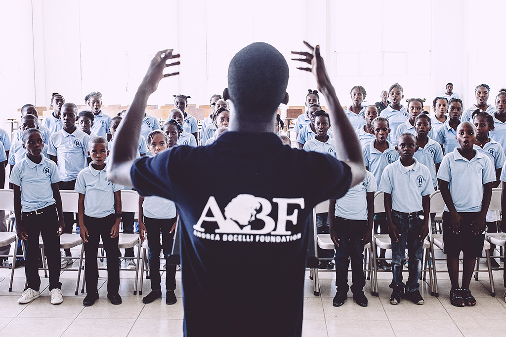 "A choir for Andrea Bocelli Foundation: ""Voices of Haiti"" will debut in new york along with its founder"